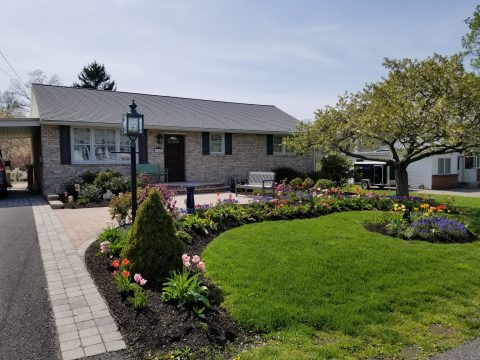 May 2018 Garden of the Month